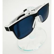 White Polarized Frame 8002C01
